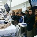 7.Sınıflar Özel FMC Diyaliz merkezinde Boşaltım müfredatını inceliyor.